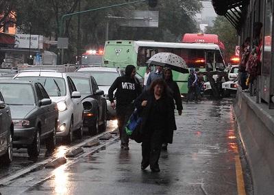 FUERTE LLUVIA EN LA CIUDAD DE MÉXICO.
