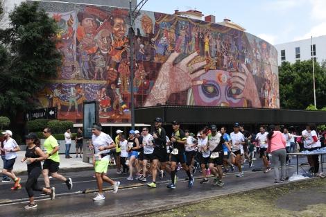Mexico_City_Marathon_2018.jpg
