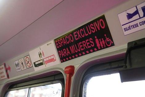 640px-Transporte_público_de_la_Ciudad_de_México_-i---i-_(27209606204)